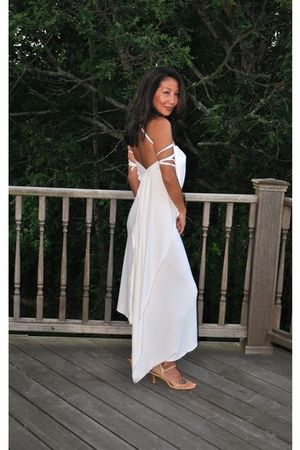 white marsilia dress