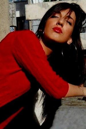 red zara blouse