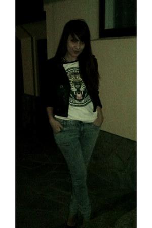 zara jeans - hm shirt - bershka belt - stradivarius heels