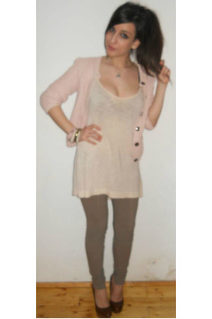 light pink orsay sweater - dark brown stradivarius shoes - camel bershka pants