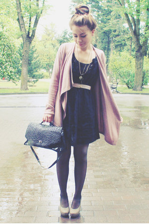 black dress - black bag - light pink cardigan