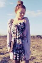 flowered dress - dark brown bag - light pink cardigan