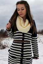 navy cardigan - cream scarf