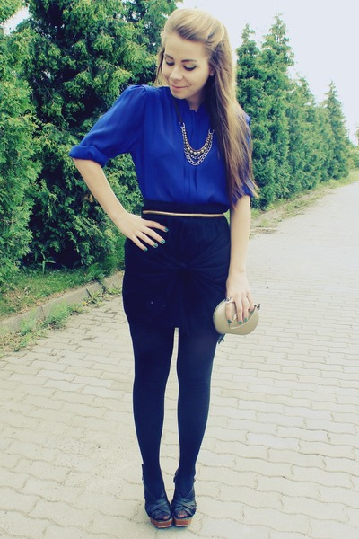 blue shirt - black skirt
