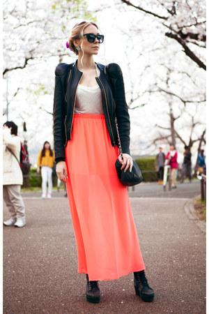 salmon maxi Forever 21 skirt - black Stine Goya jacket