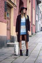 black united colors of benetton coat - black vagabond boots - black vintage hat