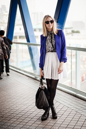 white vintage skirt - blue H&M blazer