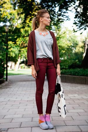 bubble gum leather Jeffrey Campbell wedges - brick red H&M Trend pants