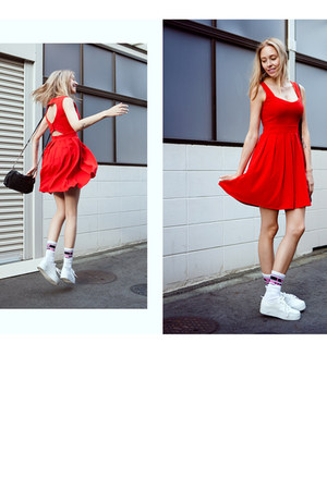 red chicwishcom dress - white cotton Vans socks - white H&amp;M sneakers