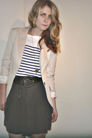 Zara blazer - pull&bear shirt - Sfera necklace - vintage belt - wearhouse skirt