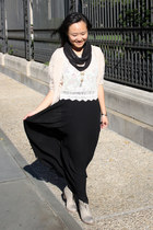 black maxi skirt Zara skirt - dark gray Urban Outfitters scarf