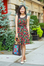 Red-floral-dress-h-m-dress-blue-floral-print-no-brand-bag