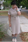 Peach-f21-shoes-tan-vintage-dress-heather-gray-f21-socks
