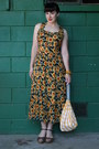 Forest-green-vintage-90s-dress-yellow-vintage-bag