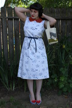 white vintage dress - red accessories