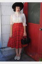 white vintage gunne sax blouse - white lavintagecom shoes - black hat