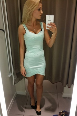 aquamarine H&M dress