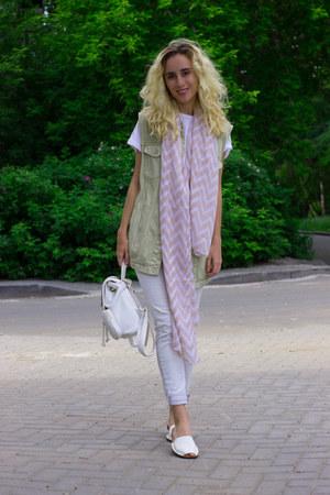 white Zara jeans - cream pull&bear jacket - eggshell Kari scarf - white Kari bag