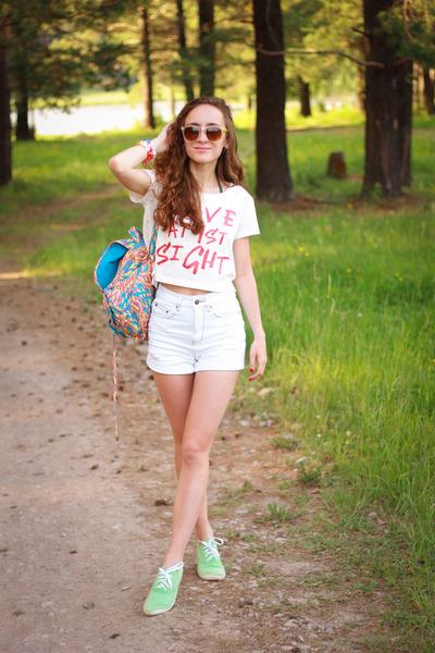 white BeFree shorts
