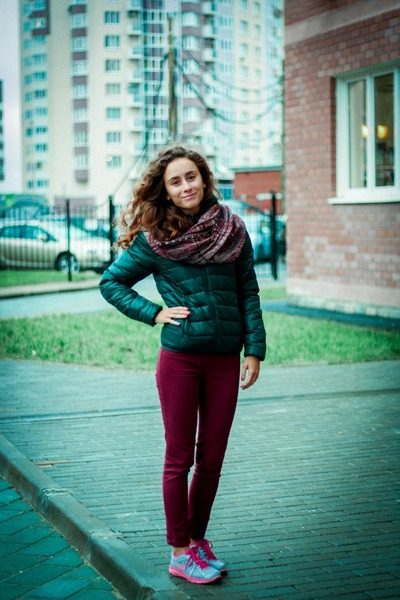 maroon Zara scarf - forest green BeFree jacket - maroon Ebay pants
