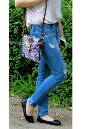 sky blue Stradivarius jeans - light purple Chaps by Ralph Lauren bag