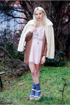 navy Monki socks - light pink star print H&M dress - eggshell faux fur asos coat