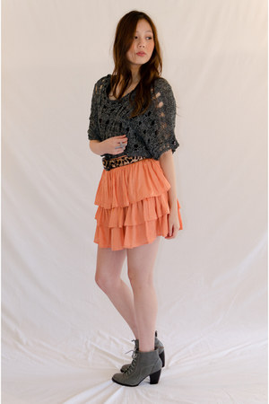 gray nylon acrylic evil twin top - orange Minty Meets Munt skirt