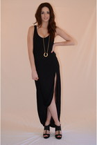 Black-cotton-latopic-dress