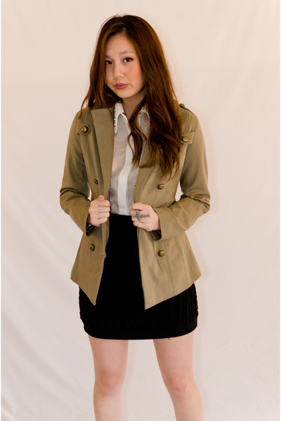 olive green cotton Minty Meets Munt coat - ivory polyester Minty Meets Munt shir