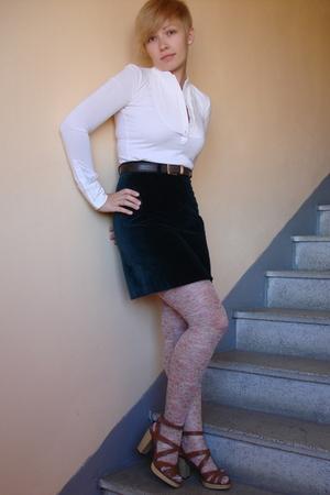 new velvet skirt!!