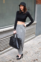 black H&M hat - black Mango bag - black Zara top - heather gray asos pants