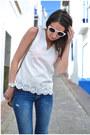 Navy-zara-jeans-white-zara-sunglasses-blue-new-look-heels-white-kiabi-top
