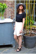 black andré heels - heather gray asos hat - ivory Topshop shorts