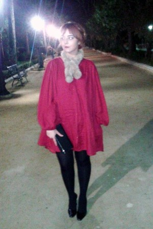black vintage clutch bag - ruby red Zara dress - beige scarf
