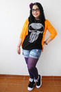 Purple-tights-blue-shorts-black-marvel-t-shirt-orange-zara-cardigan