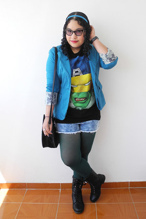 blue Aishop blazer - black Marvel shirt - forest green tights