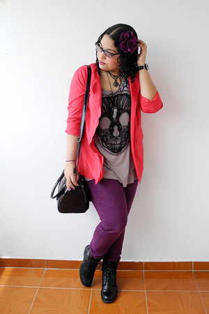 black Siberian boots - purple jeans - red Traki blazer