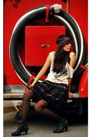 blue accessories - blue top - beige shirt - black skirt - black stockings - blac