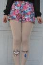 Pink-eyeball-accessories-cream-winking-eye-tights-pink-floral-shorts