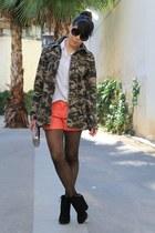 jacket - sunglasses