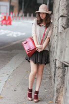 ruby red Romwecom bag - light pink chicwishcom dress - beige Monki hat