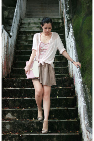pink H&amp;M shirt - pink pull&amp;bear intimate - beige Chloe shoes