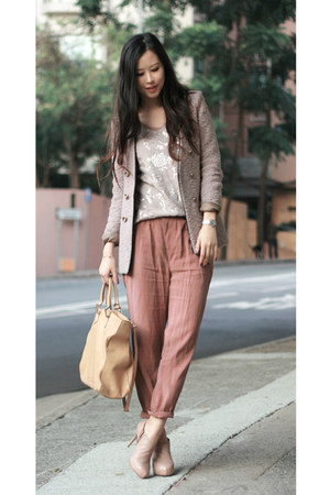 beige immanuel blazer - camel Fendi bag - neutral JUD ET ROPE vest - nude shoe g