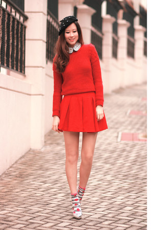 red Yesstyle sweater - red Chicwish skirt - silver romwe accessories