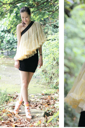 yellow top - pink edwina shoes - black H&M skirt