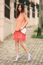 salmon Yesstyle vest - periwinkle anteprima heels