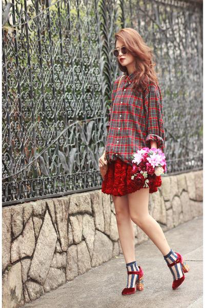 black the layers socks - crimson Dolce & Gabbana heels - ruby red Chicwish skirt