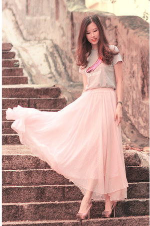 light pink natural colour skirt - coral Miu Miu heels