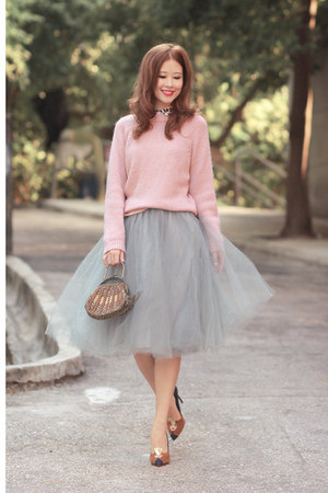 heather gray alexandra grecco skirt - pink Front Row Shop sweater