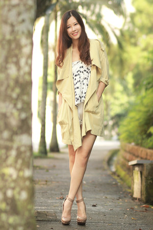 lime green romwe coat - black awwdore top